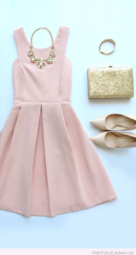 bea446ab892d Pale pink dress with nude accessories | watchoutladies.net | Dresses ...