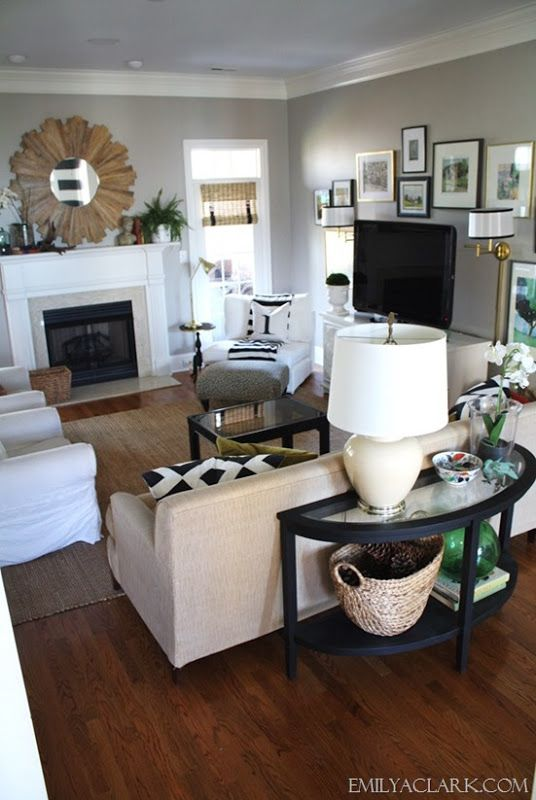 Black And White Pics Framed Around Tv Makes It Less Of A Focal Point Livingroom Layout Living Room Arrangements Home Decor