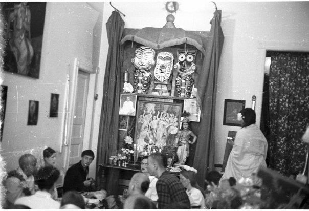 Amazing pic of one of ISKCON's first altars.