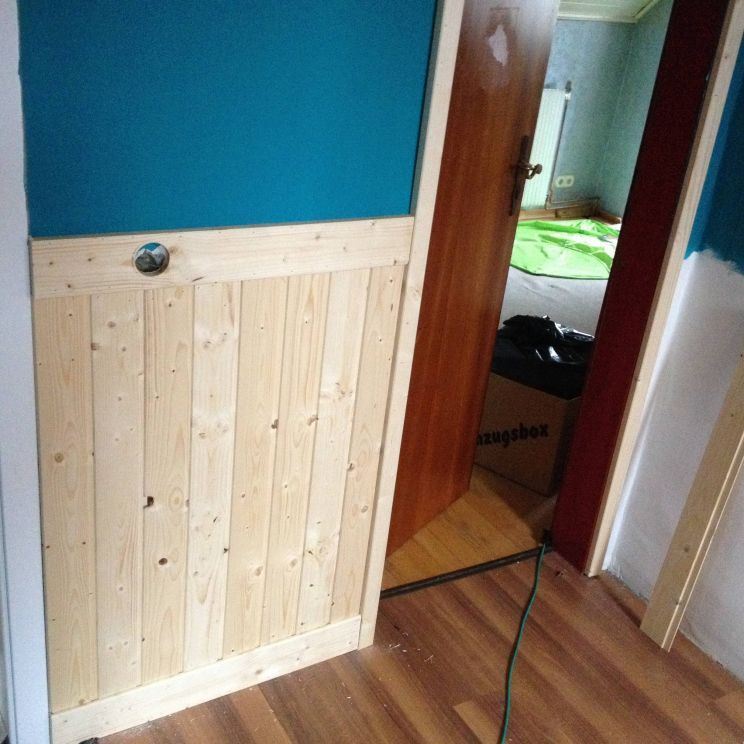 Wandverkleidung Im Flur Bauanleitung Zum Selberbauen 1 2 Do Com Deine Heimwerker Community Wandverkleidung Wandverkleidung Holz Wand Mit Holz Verkleiden