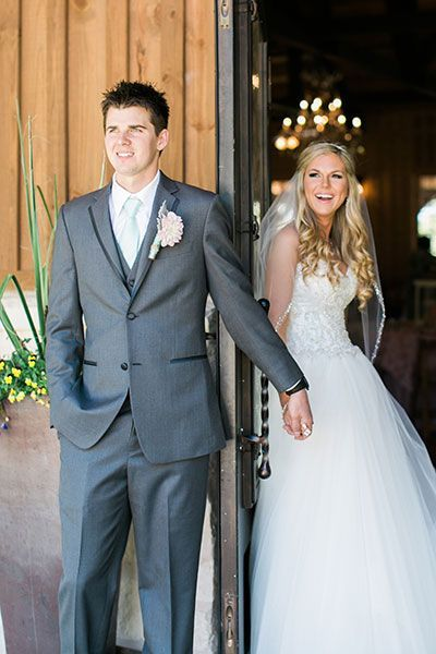 Gray suit or tux for the groom