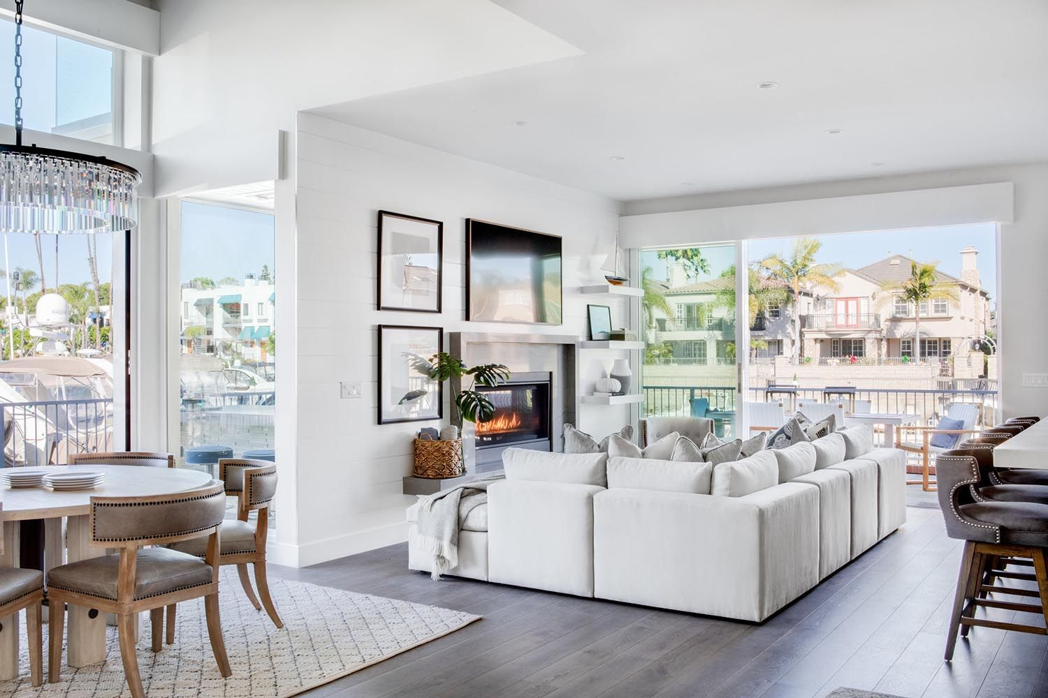Coastal Contemporary Home Gets A Fresh Makeover In Sout
