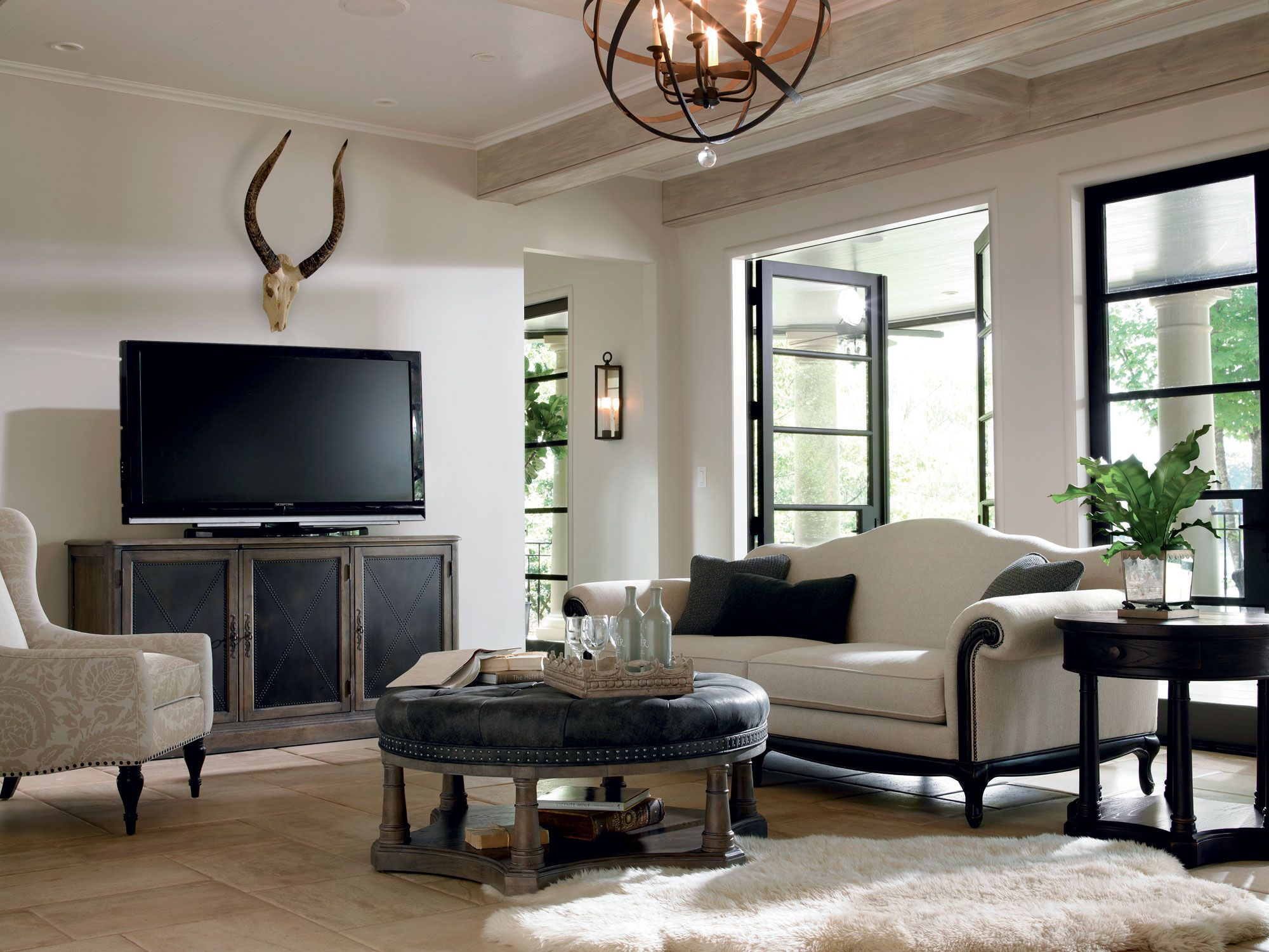 Belgian oak rochelle sofia living room bernhardt living room salon bernhardt furniture for Contemporary living room furniture atlanta