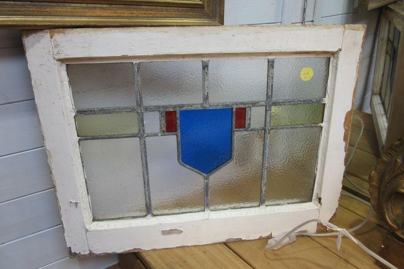 Vitraux Anglais Plusieurs Modeles Disponibles Www Auvieuxchaudron Fr Antiquite Brocante Paimpol Meuble De Style