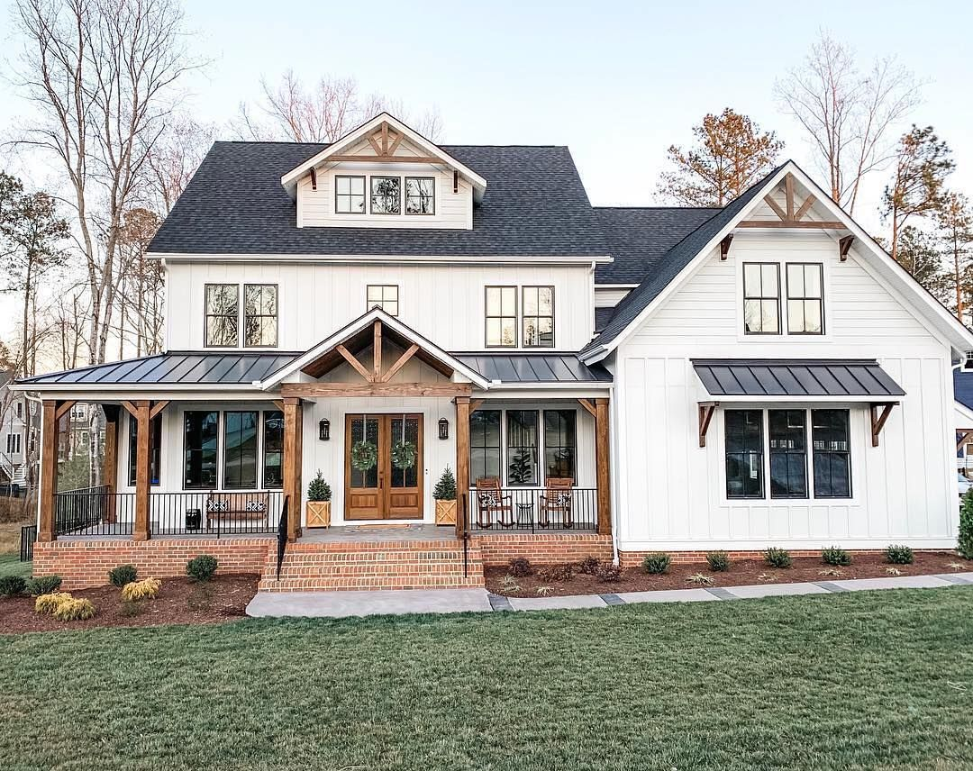 32 4k Likes 423 Comments Farmhouse Fanatics Farmhousefanatics On Instagram What Color Is Dream House Exterior Modern Farmhouse Exterior House Exterior