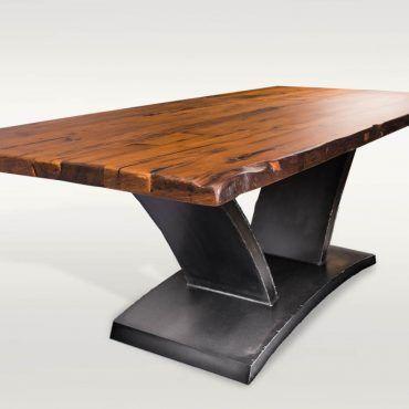 Esstisch aus Massivholz, Eiche & Stahl Barrique Möbel