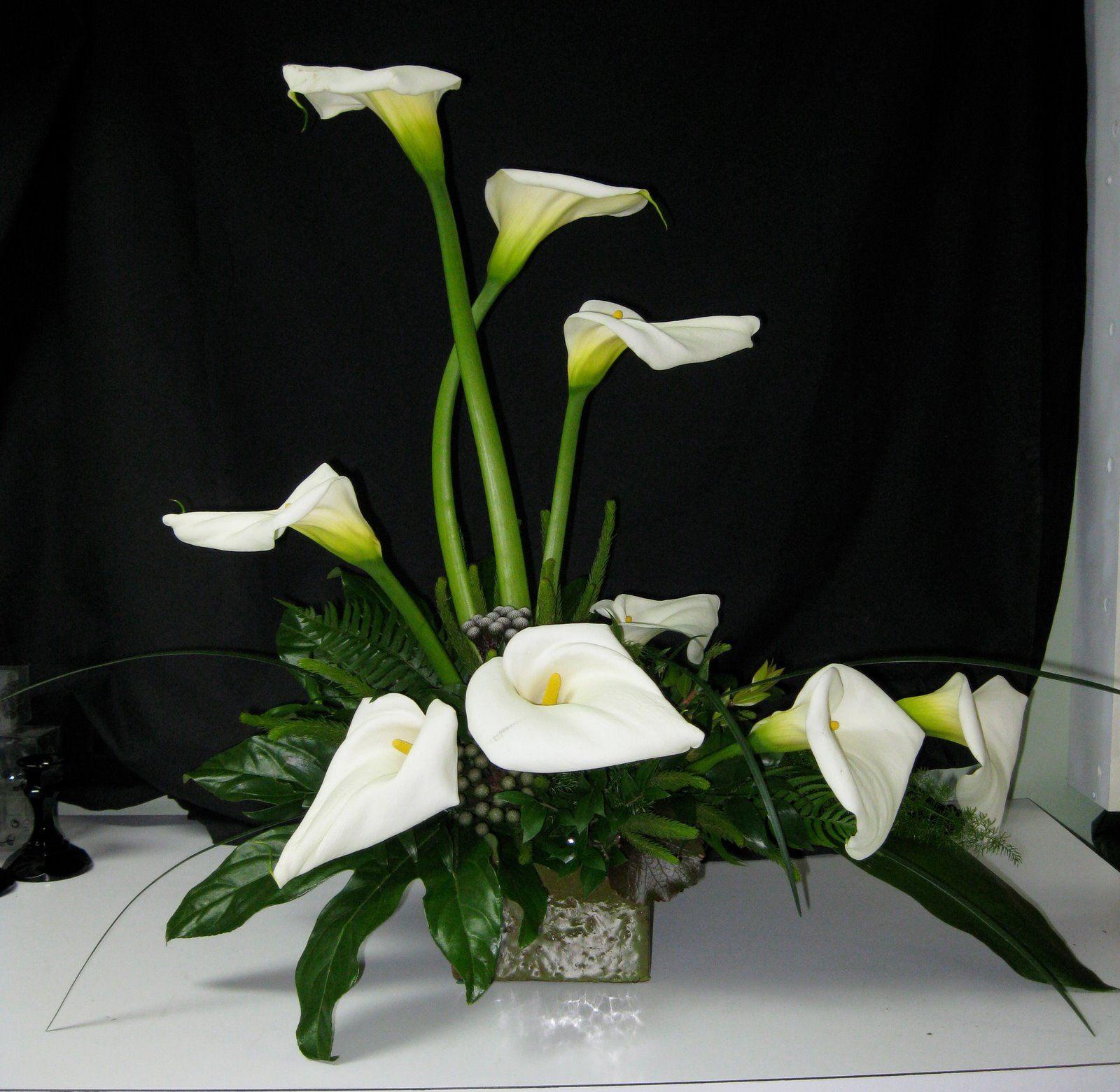 Calla Lily Flower Arrangements Google Search Flower Arrangements