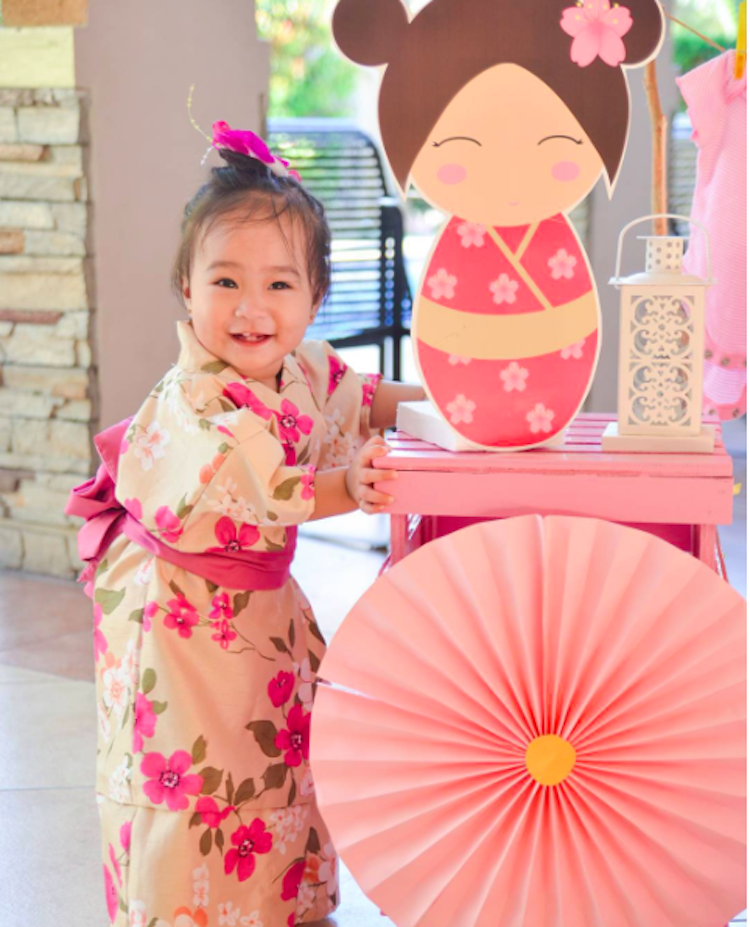 Enfeite De Kimono ~ Homemade Parties DIY Kokeshi Party Ingrid09 Girls Baby Showers Pinterest Festa japonesa