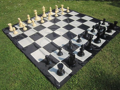 New Large Chess Set 20cm Plastic Chess Pieces Ideal For Outdoor Garden Game Large Chess Set Chess Set Yard Games