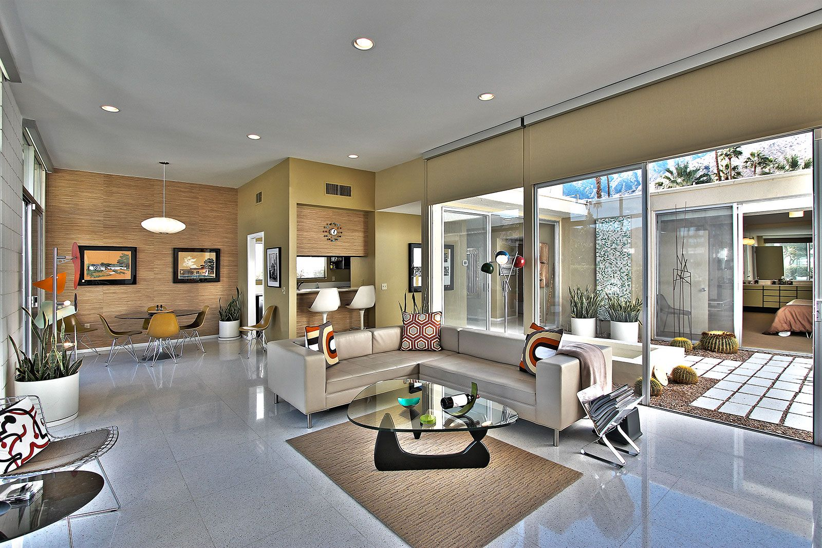 Gorgeous Mid Century Condos For Sale In Palm Springs Www