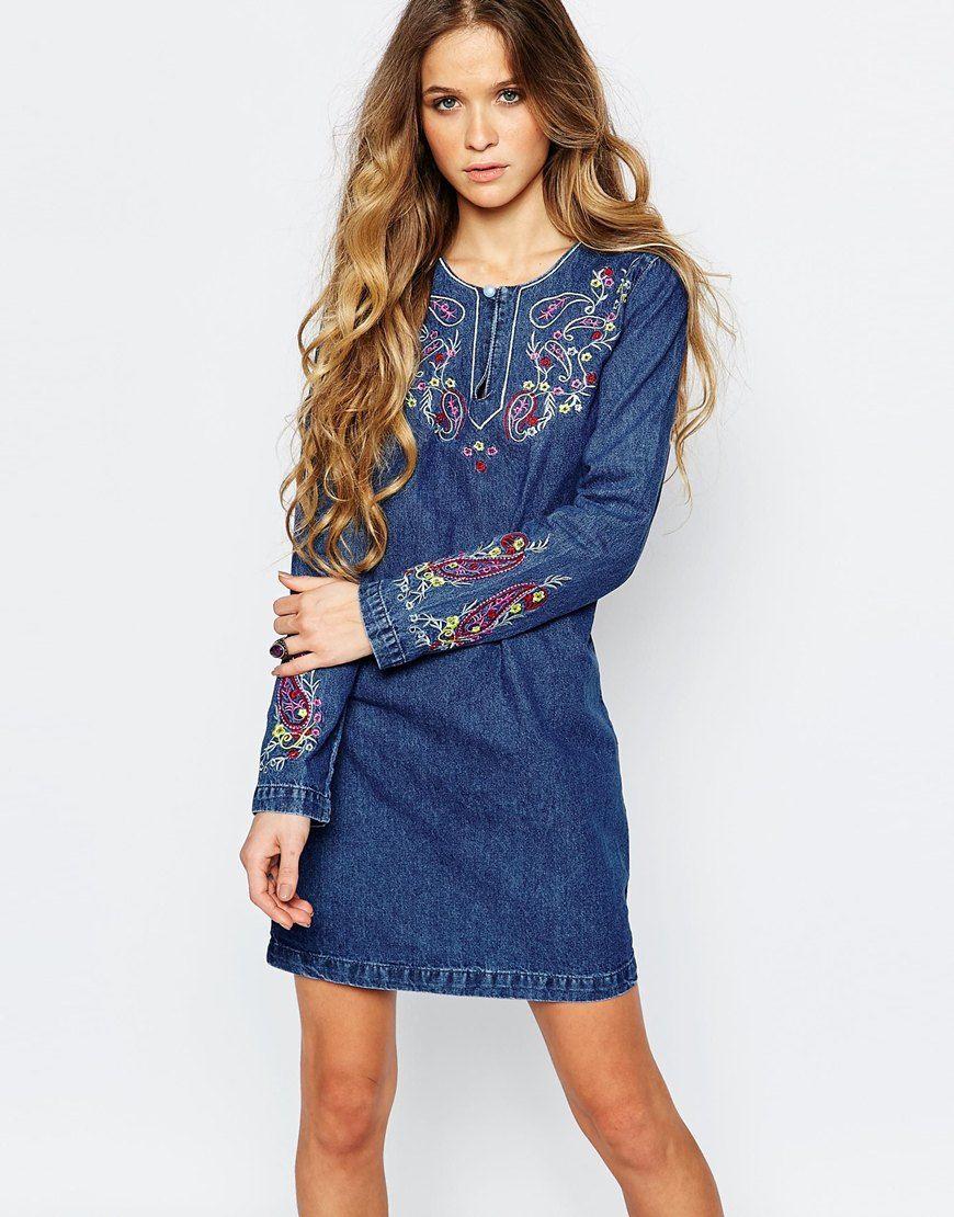c1880d7b8fc Джинсовое платье с вышивкой