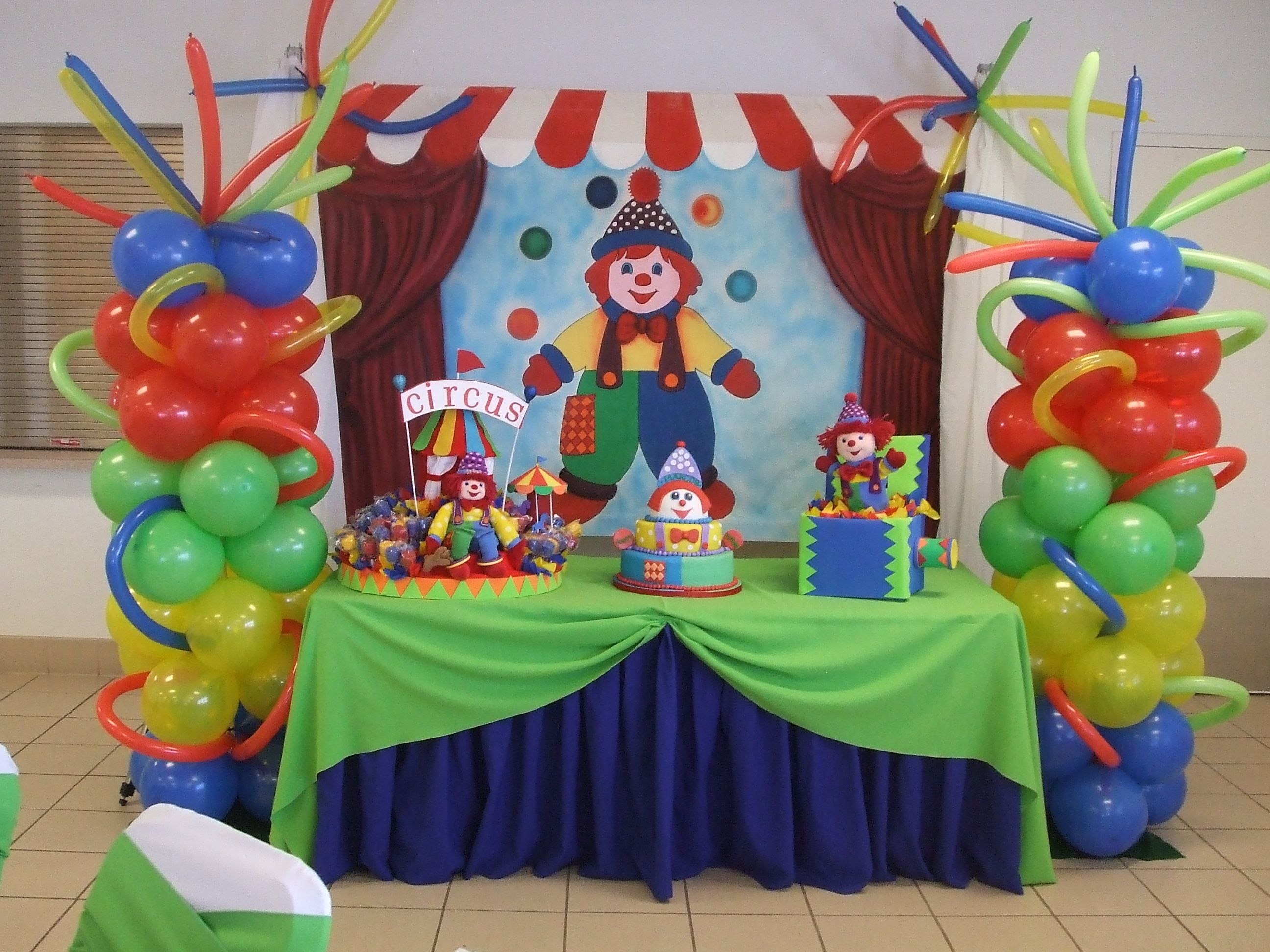 Party balloons decorations - Party Centerpieces Circus Decorations Balloon