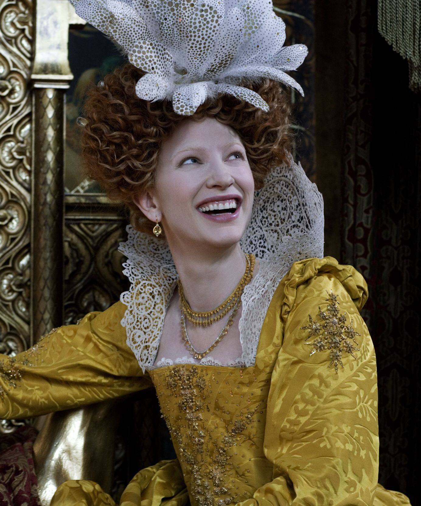 Queen Elizabeth I (Cate Blanchett) 'Elizabeth The Golden