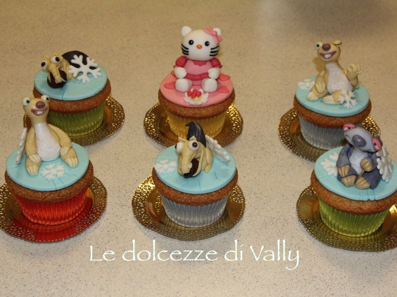 maxi cupcakes...ice age and kitty