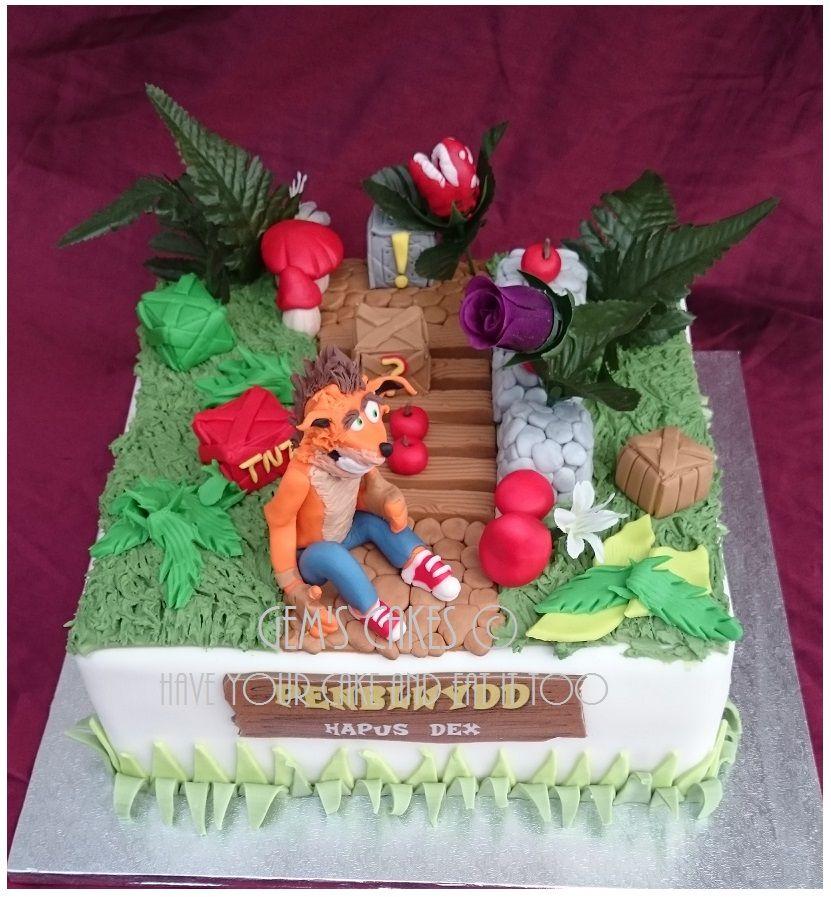 Crash Bandicoot Cake Gems Cakes B011 Graduation Pinterest