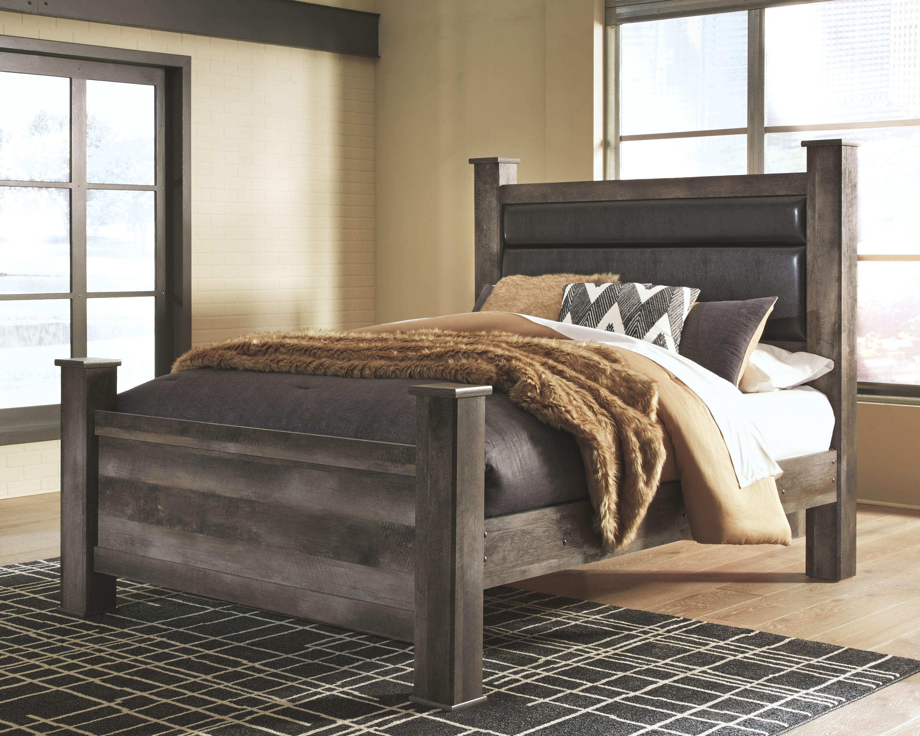 Wynnlow Queen Poster Bed Ashley furniture bedroom, Bed