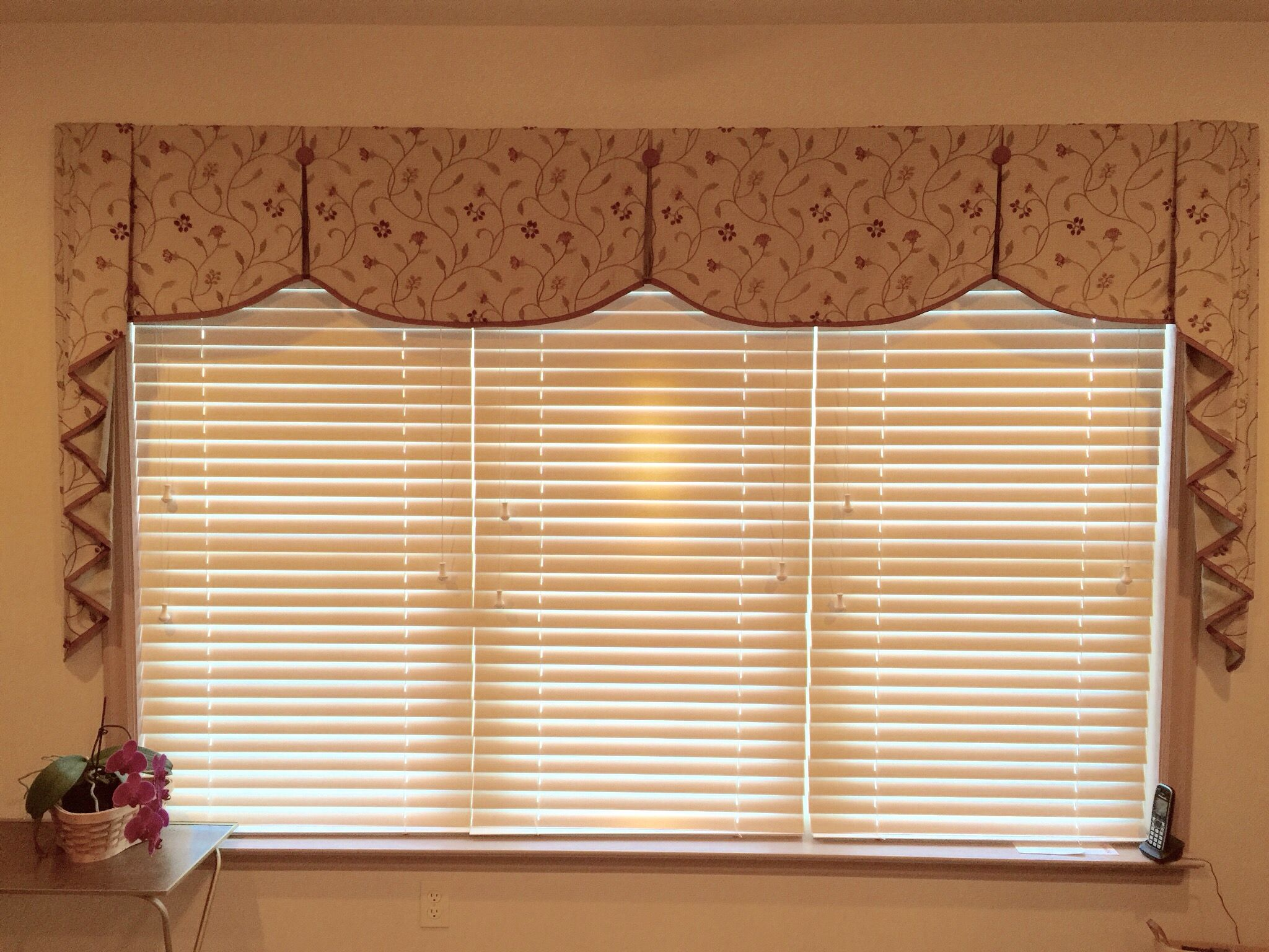 Large Box Pleat Valance