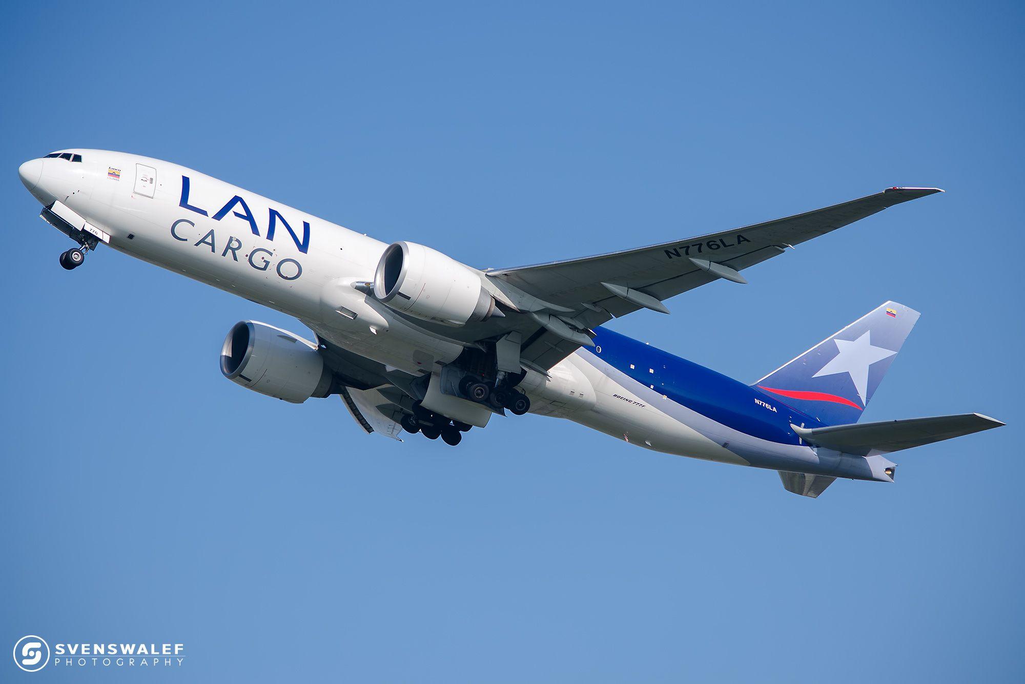 LAN Cargo Boeing 777-F16 takeoff! - LAN Cargo Boeing 777-F16 just