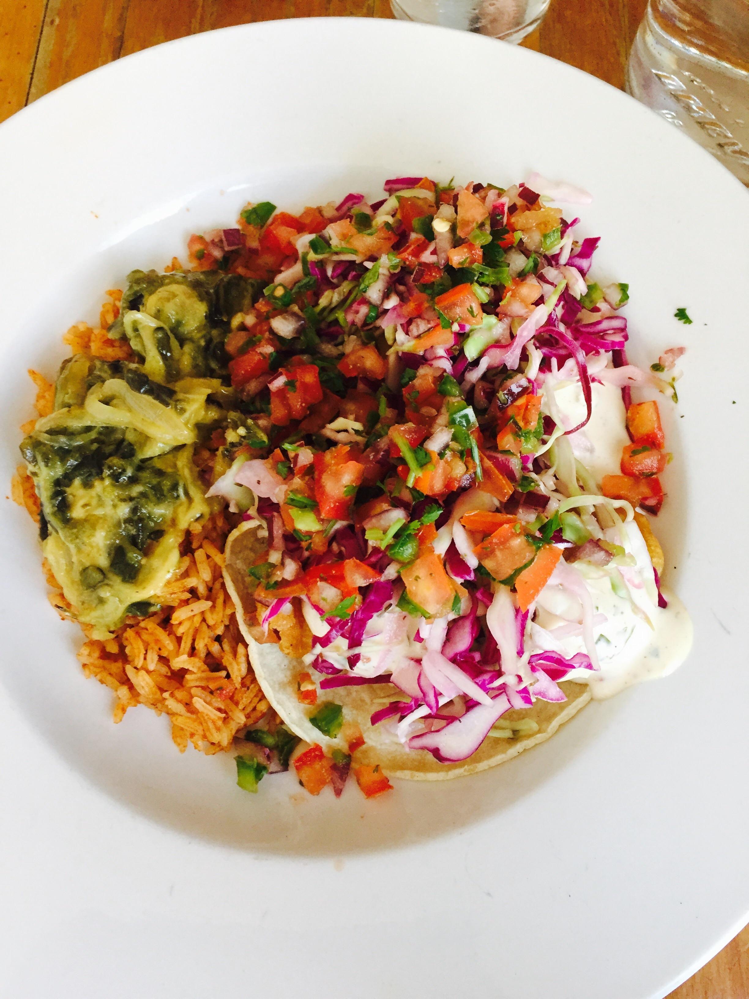 [I ATE] Baja fish & avocado tacos with pico de gallo spanish rice & rajas