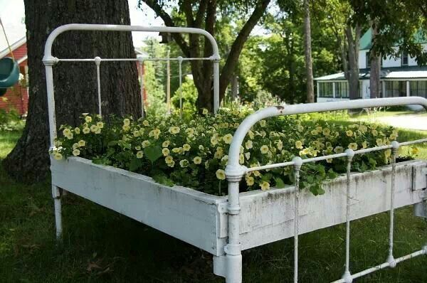 Iron Bed Made Into Flower Bed Garden With Images Garden