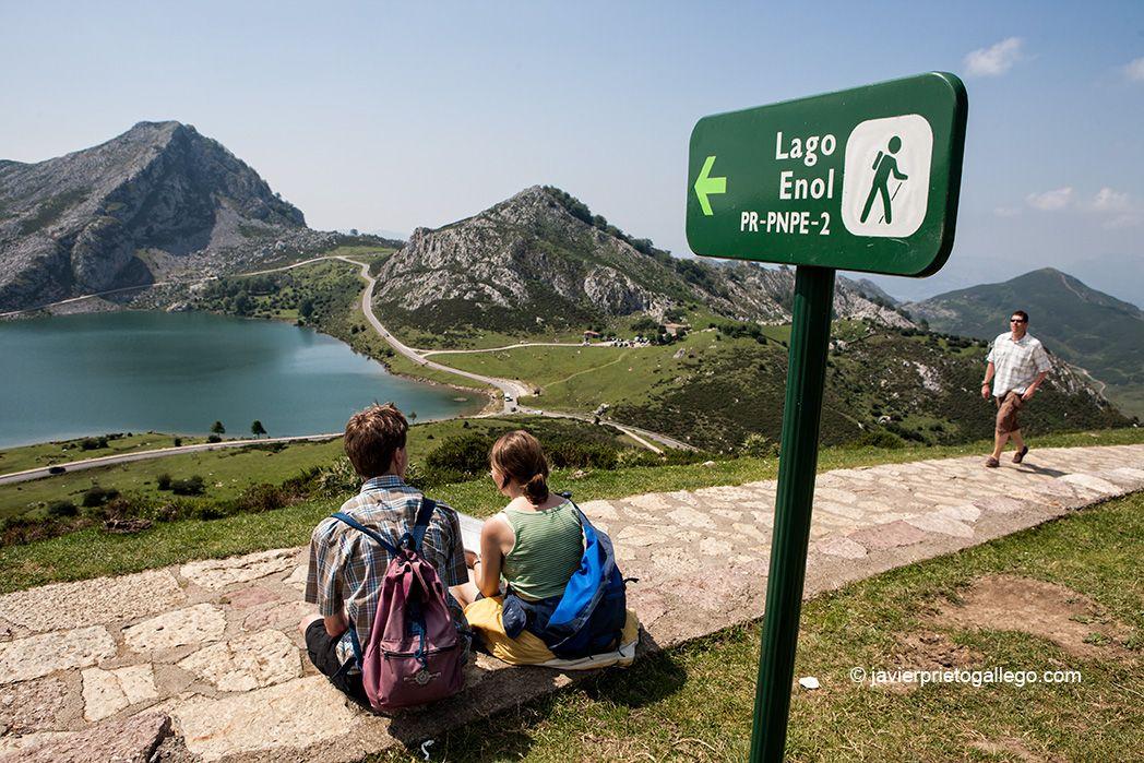 Los Lagos De Covadonga Asturias Siempre De Paso Picos De Europa Lagos De Covadonga Parques Nacionales