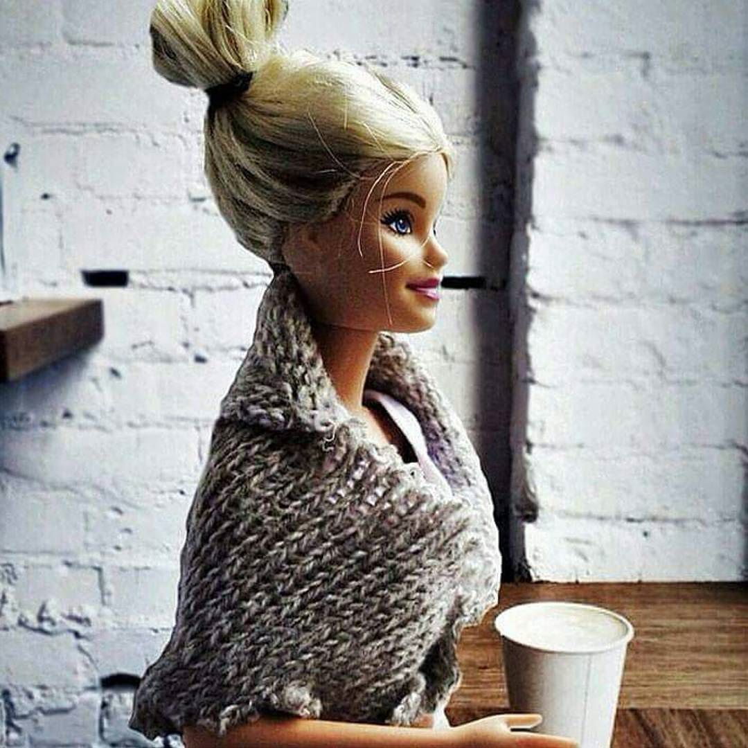 Have you seen this immaculately groomed #blonde last seen leaving #macchiatome with a take-away #cup of #coffee? Tell her to let her #hair down cos it's the weekend woooo! Oh okay #riverfire... safety first.  #takeawaycoffee #weekend #weekendcoffee #barbie #topknot #blondehair #doll #dolls #brisbaneriverfire #riverfire2015 #brisbane #brisbanecafes #cafe #espressobar #havefun #saturday by macchiatome