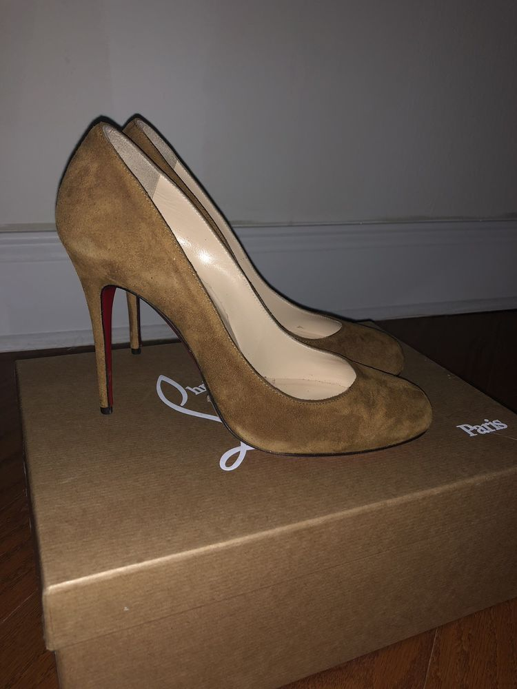 newest 5e3ce 4df01 Christian Louboutin Fifille NEW Classic Pumps Size 38 ...