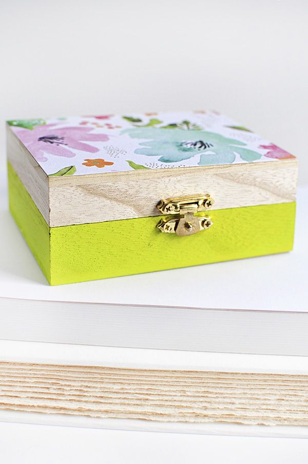 Diy Floral Painted Wooden Box Delineate Your Dwelling Wooden Box Crafts Wooden Box Diy Diy Trinket Box