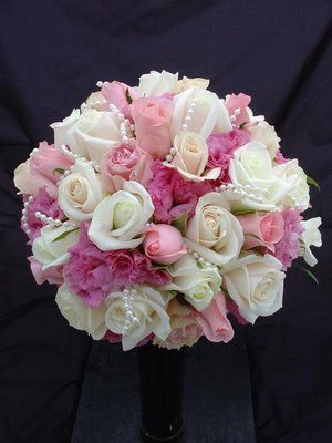 Pink and White and Pearl bouquet http://brackenflowers.co.uk/UserFiles/Image/flowersbykate.com.au.jpg