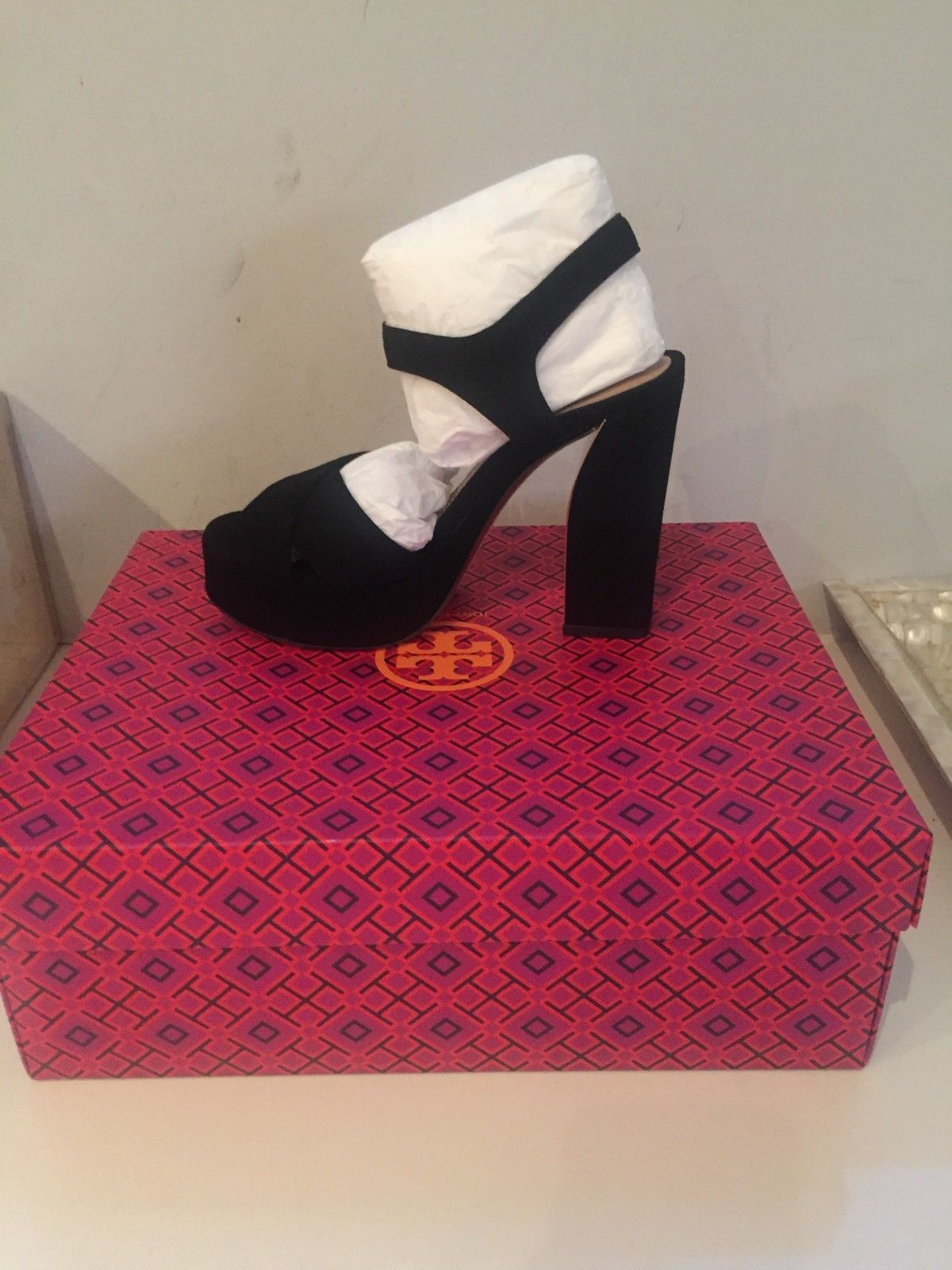2cb427e1113b1 Tory Burch Loretta Velvet Platform Sandal - Size 6 - Black ...