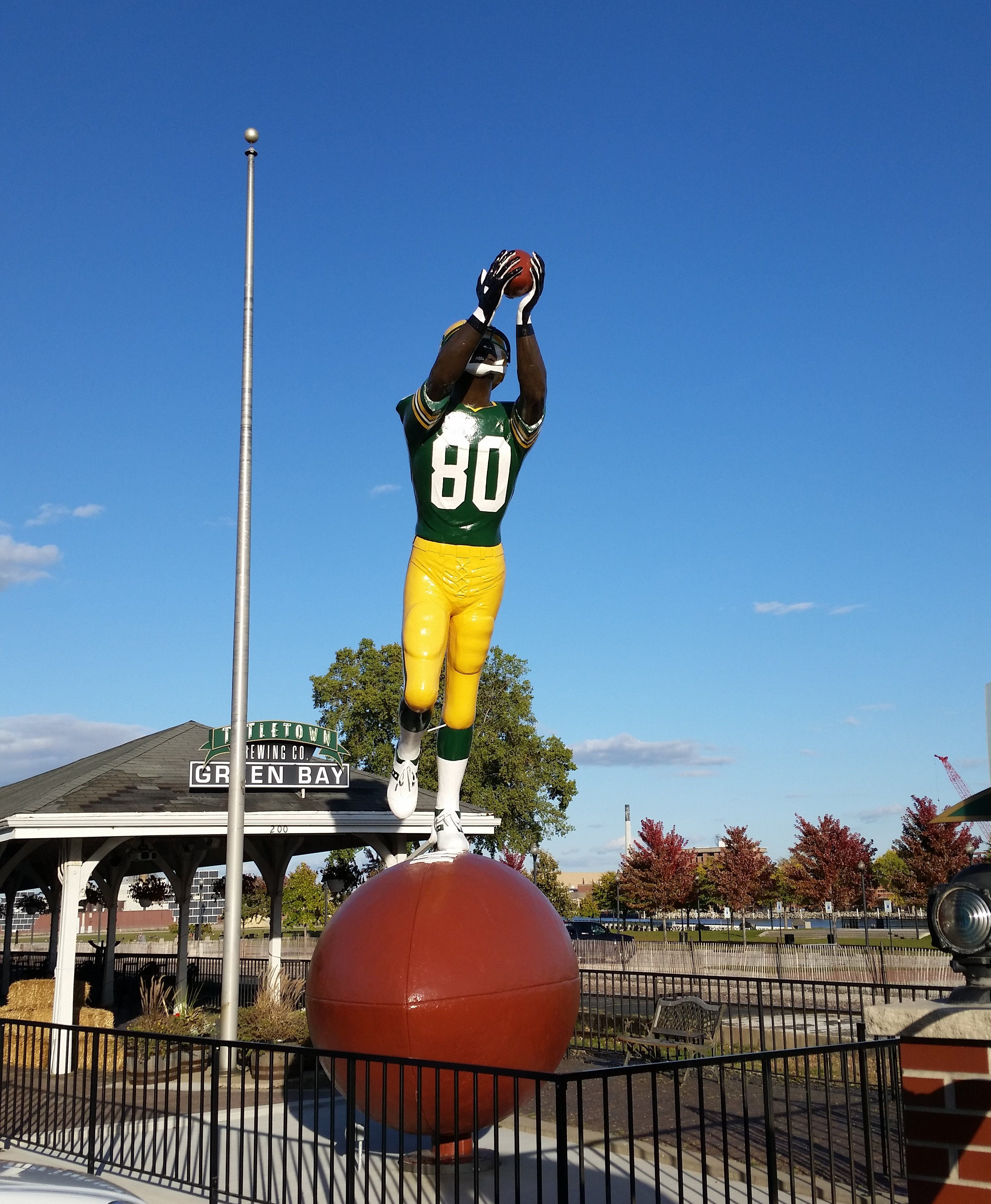 Titletown Brewing Co. Statue