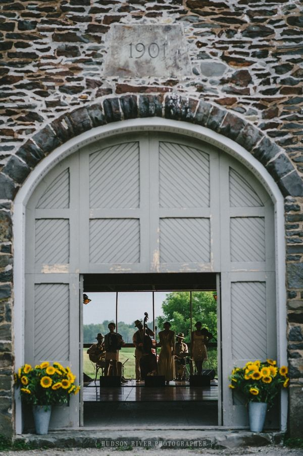 See More From This Wedding Http Www Hudsonriverphotographer Rhinebeck At Grasmere Farms