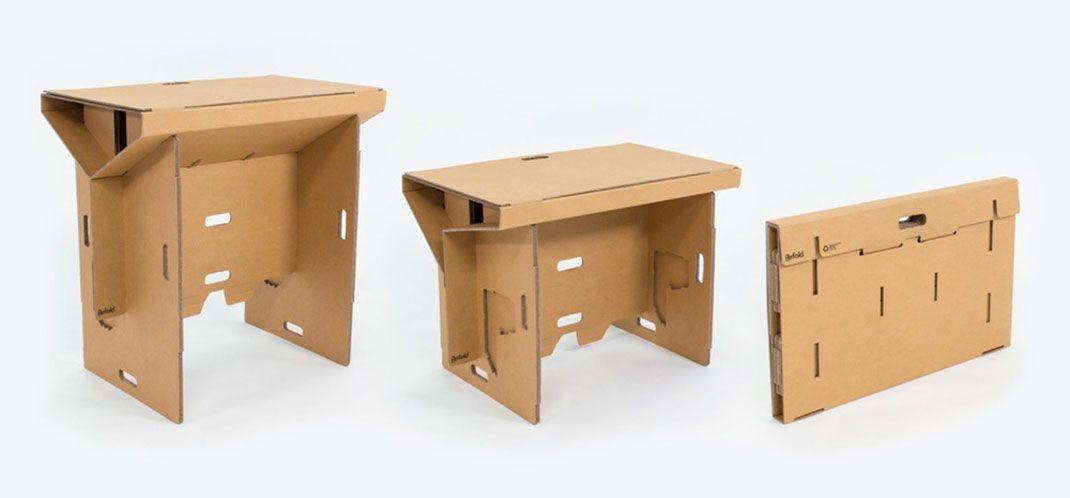 fabriqu uniquement en carton ce bureau cologique et transportable vous permet de travailler. Black Bedroom Furniture Sets. Home Design Ideas