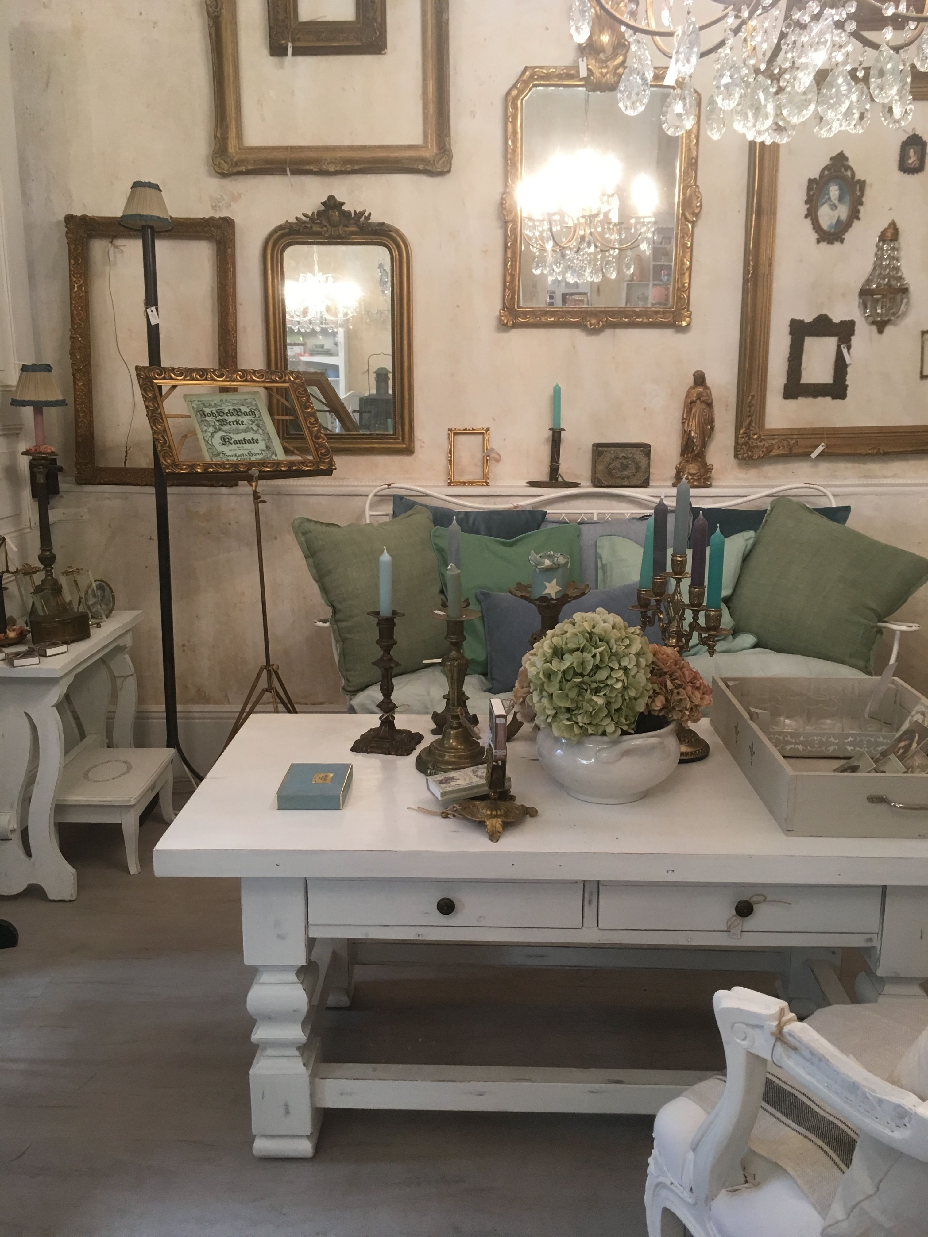 shabby chic furniture living room. Vintage Und Shabby Chic Bei UNIKATUM Luzern · Living RoomShabby FurnitureLiving Furniture Room C