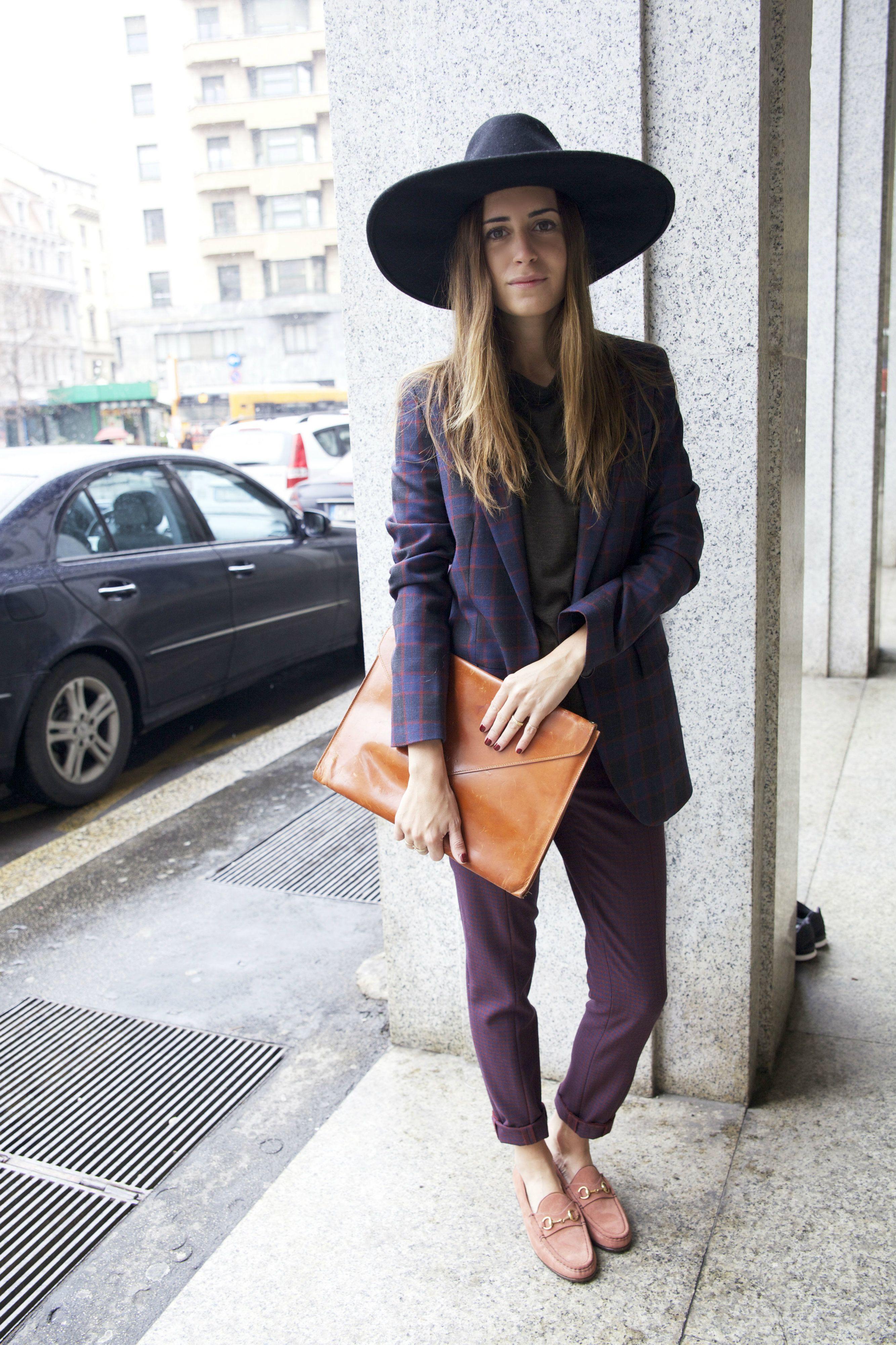 Blogger Gala Gonzalez wearing the Gucci 1953 Horsebit Loafer ... ea798de7e4f