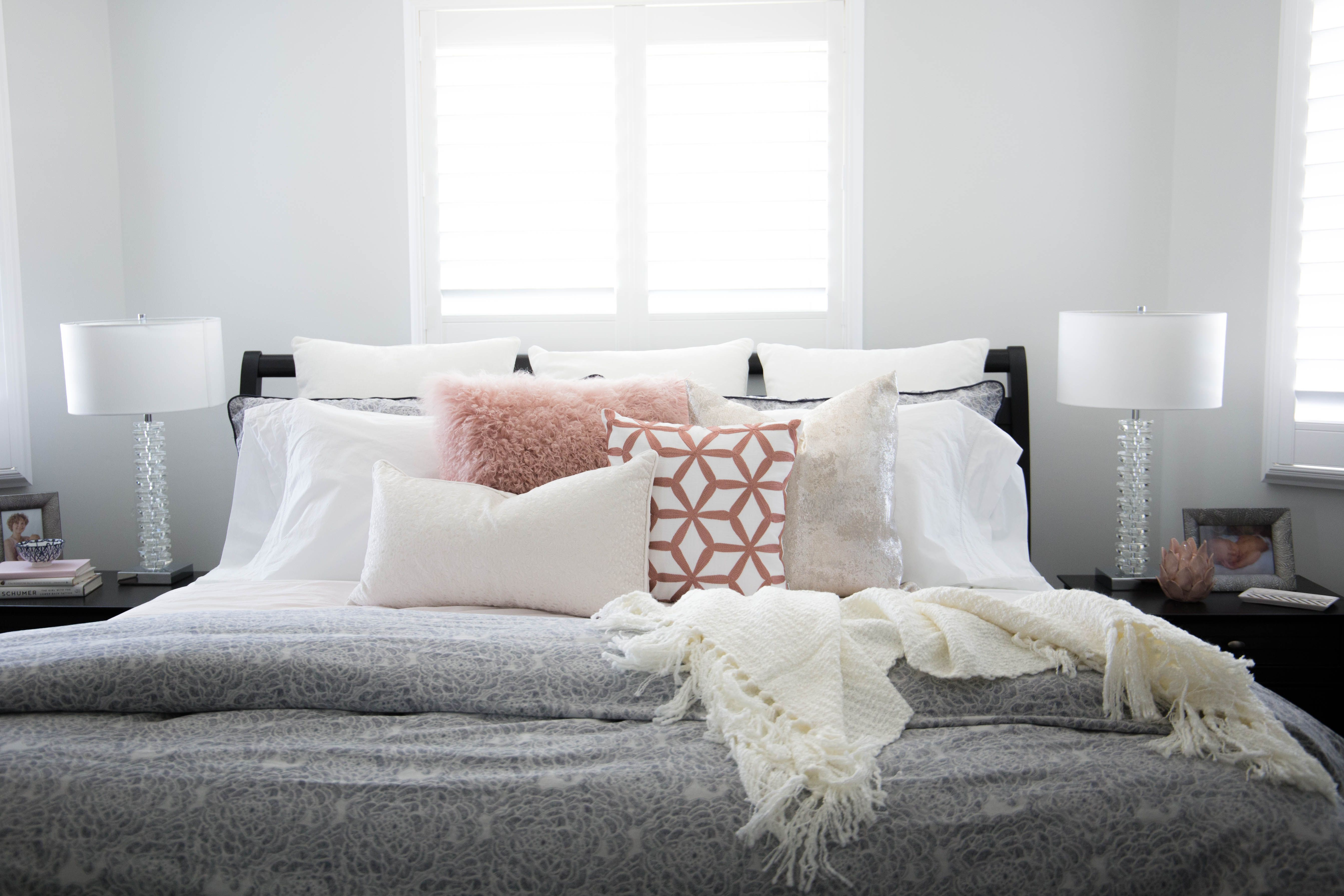 guaranteed pic emily mix combinations look bedroom good pillows texture pillow to color decorative blog combos henderson how size