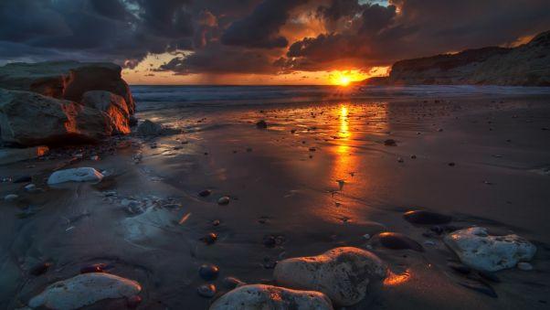 Обои закат, камни, пляж, песок, мокрый, сумерки, отлив