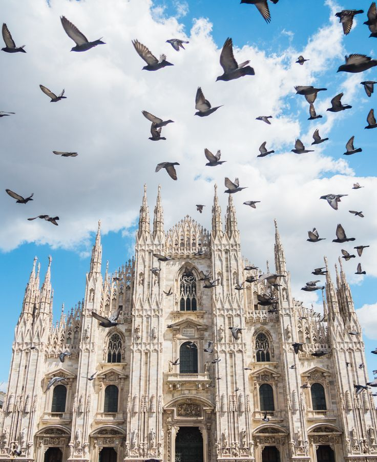 A quick weekend guide to Milan, Italy. Duomo di Milano Cathedral #milan #italy