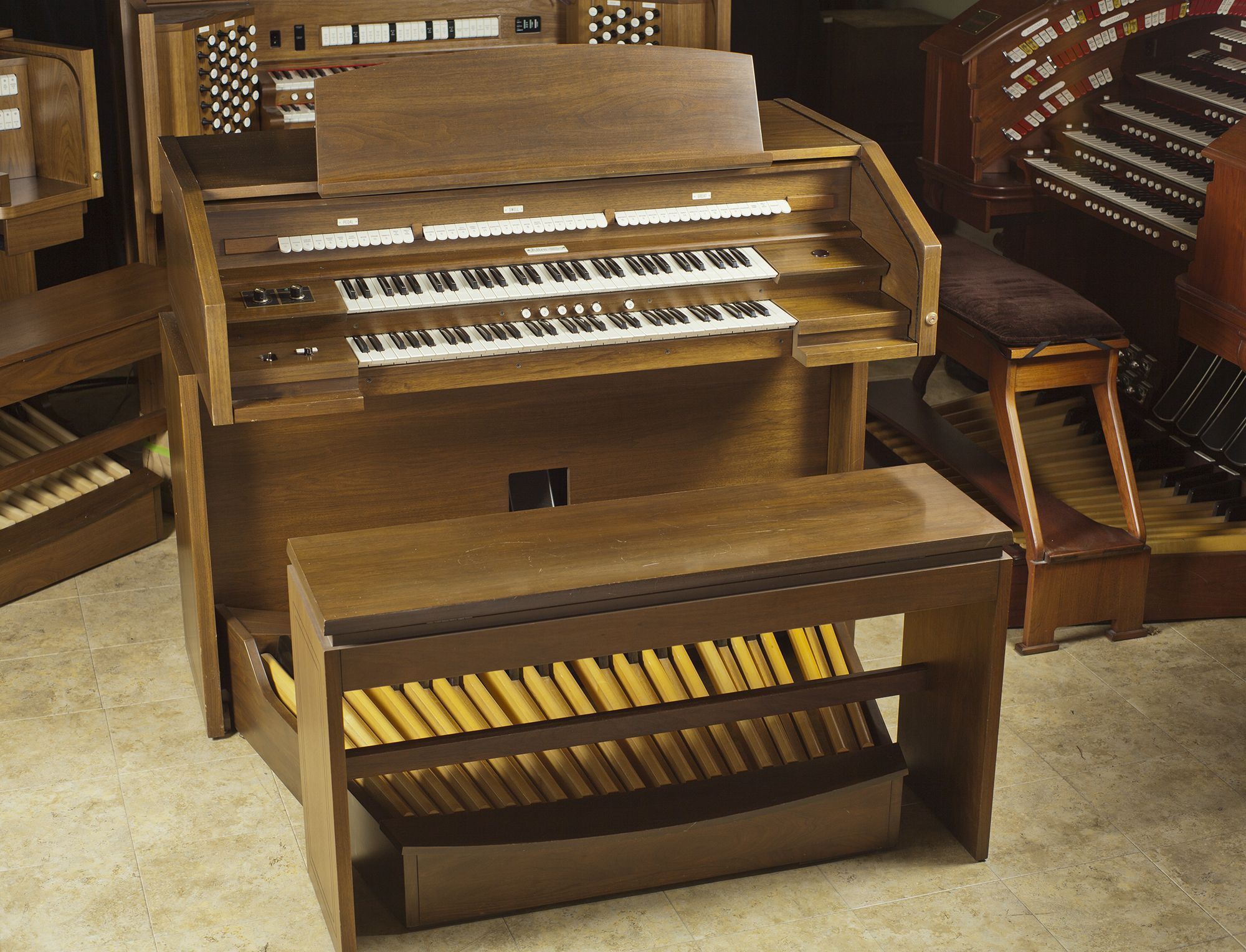 Allen-Organ-System-282   Electric Organs   Hammond organ