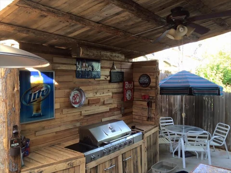 Outdoor Küche Holzpaletten : Upcycled pallet outdoor kitchen 101 pallet ideas utekök