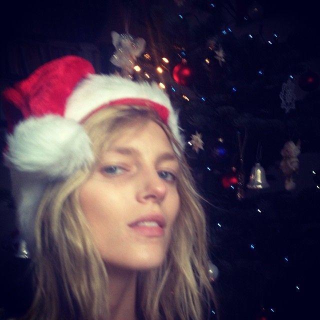 """Vogue Paris Advent Calendar Day 12 with @Anja_Rubik for @Vogue Paris """"Make Christmas fun!"""" #vogueparisadvent"""