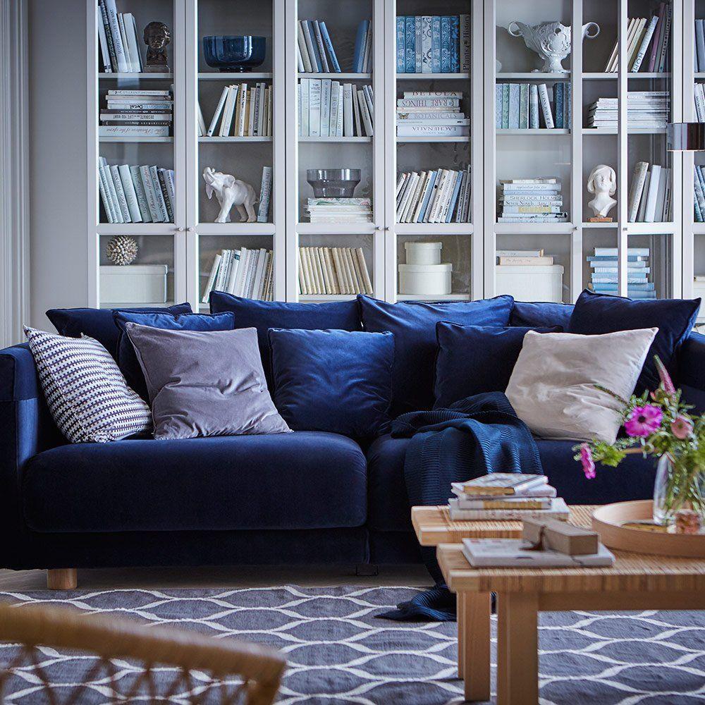 Un Canap En Velours Au Style Scandinave Ikea Le Bleu Dans La  # Canape D'Angle Style Scandinave Bleu