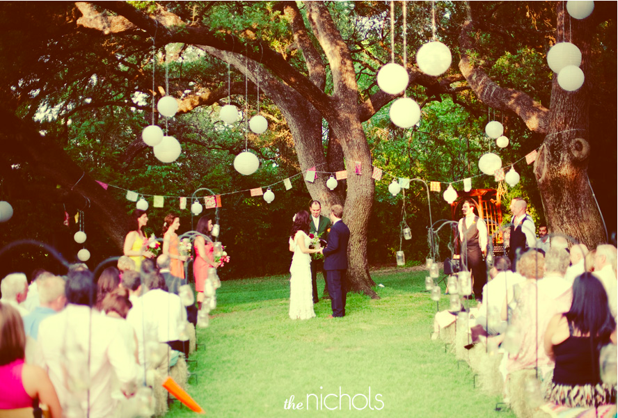 Love the lights hanging from the trees! Going to have my wedding under trees now!