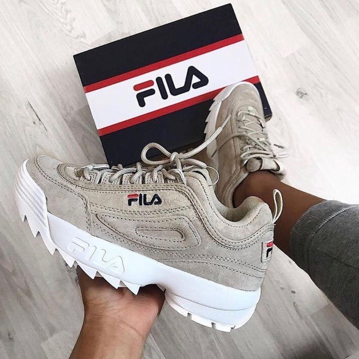 Épinglé par Vale73 sur Fila   Chaussure, Chaussure sneakers