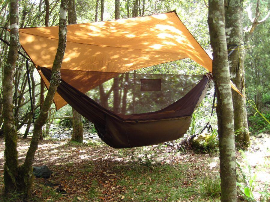 Lightweight hammock under quilt with Climashield Apex insulation and Argon fabric. Made in Australia. & Lightweight hammock under quilt with Climashield Apex insulation ...