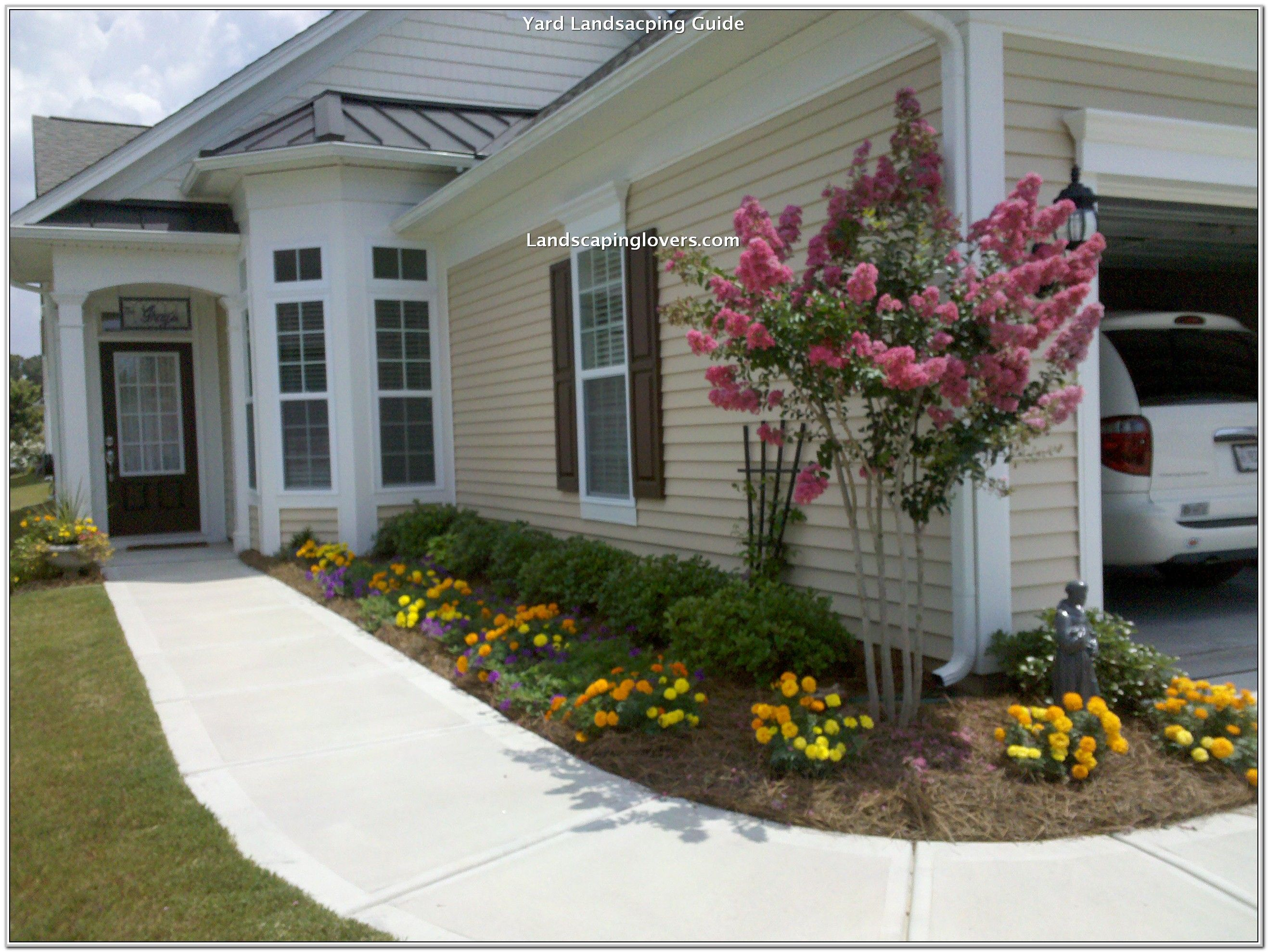 Easy Tweaks To Improve Your Landscaping Landscaping Lovers Front Yard Design Front Yard Landscaping Design Front Door Landscaping