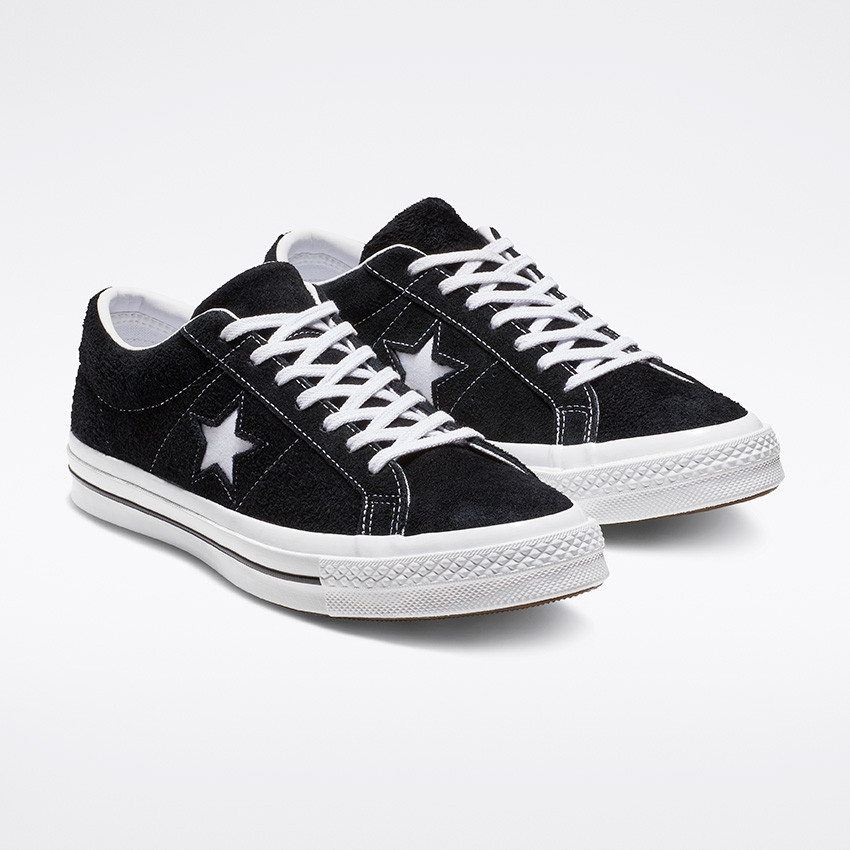 One Star Premium Suede Low Top in Black