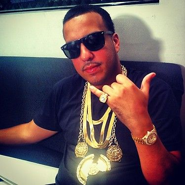 Goldketten rapper  French Montana....Versace Chains Tho.. Love New Hip Hop Beats ...