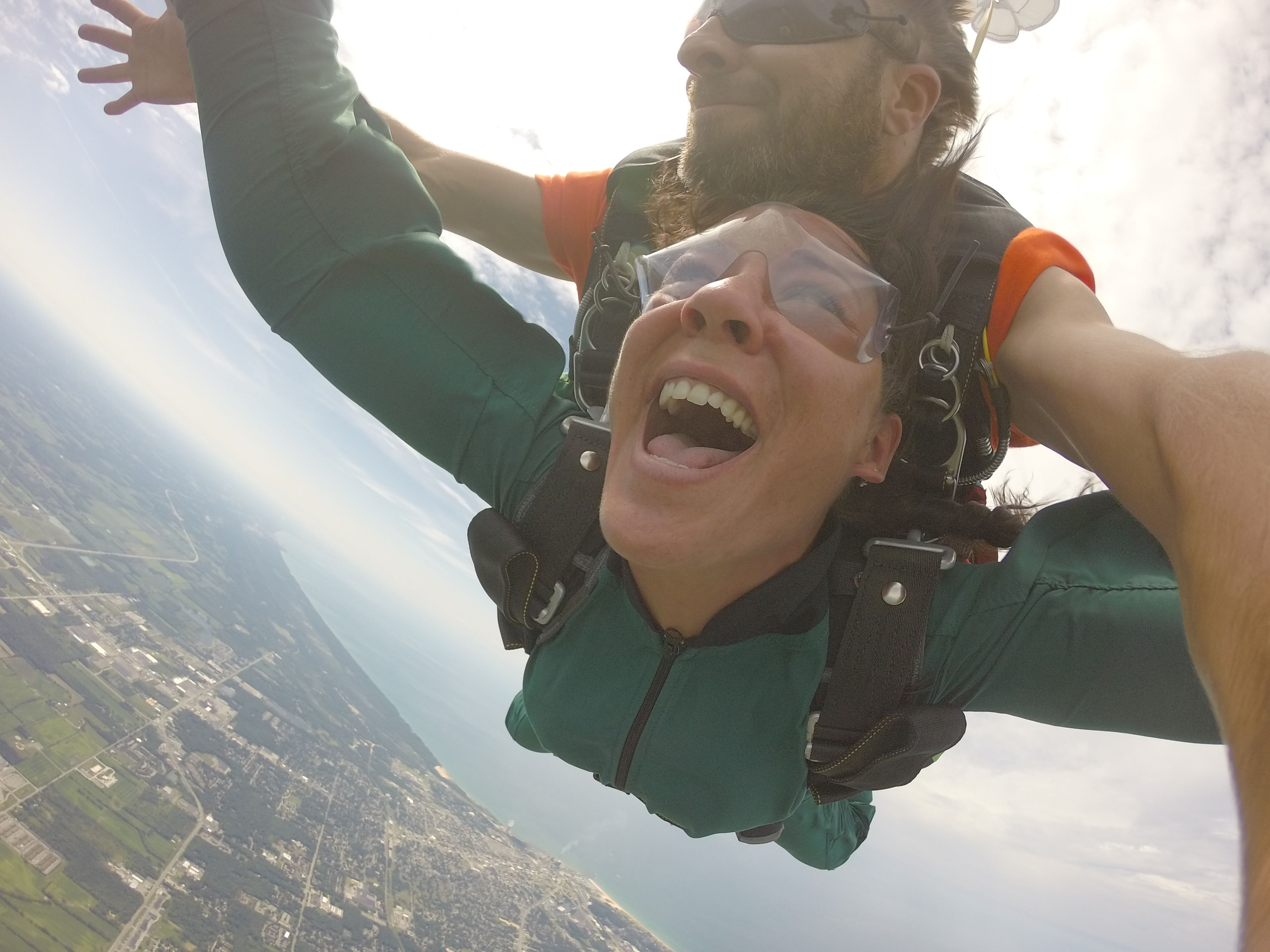 The best tandem skydive for Chicago with awesome views of
