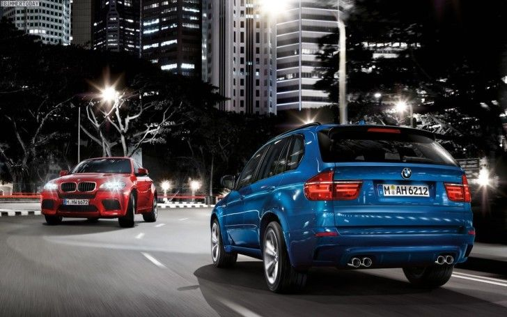 Bmw Cars Hd Wallpapers Bmw X5 Street Night With Images Bmw